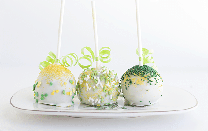 St. Patty's Day Chocolate Chip Menthe Cake Pops