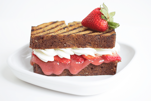 Strawberry Banana Shortcake