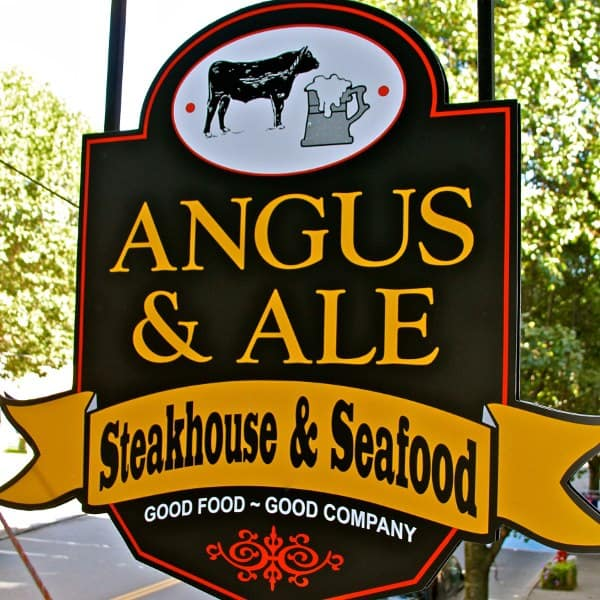 Angus and Ale Sidney, New York