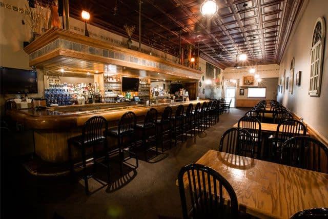 Paddy's Pub & Grill