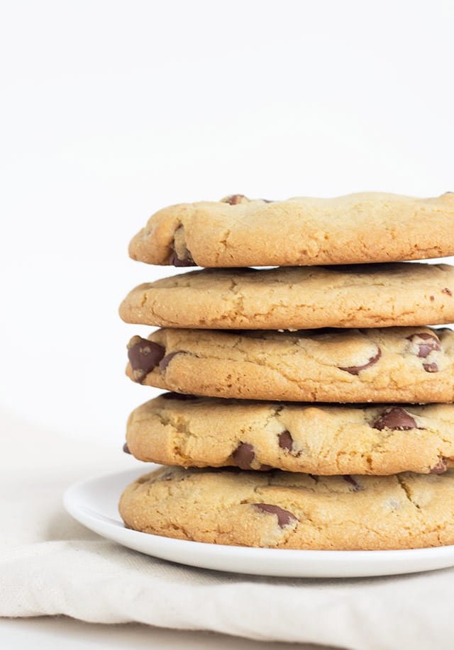 Cookie Butter Stuffed Chocolate Chip Cookies