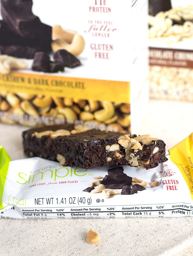 My on-the-go Chocolate Snack - the perfect way to sligsthtly indulge and stay full longer!