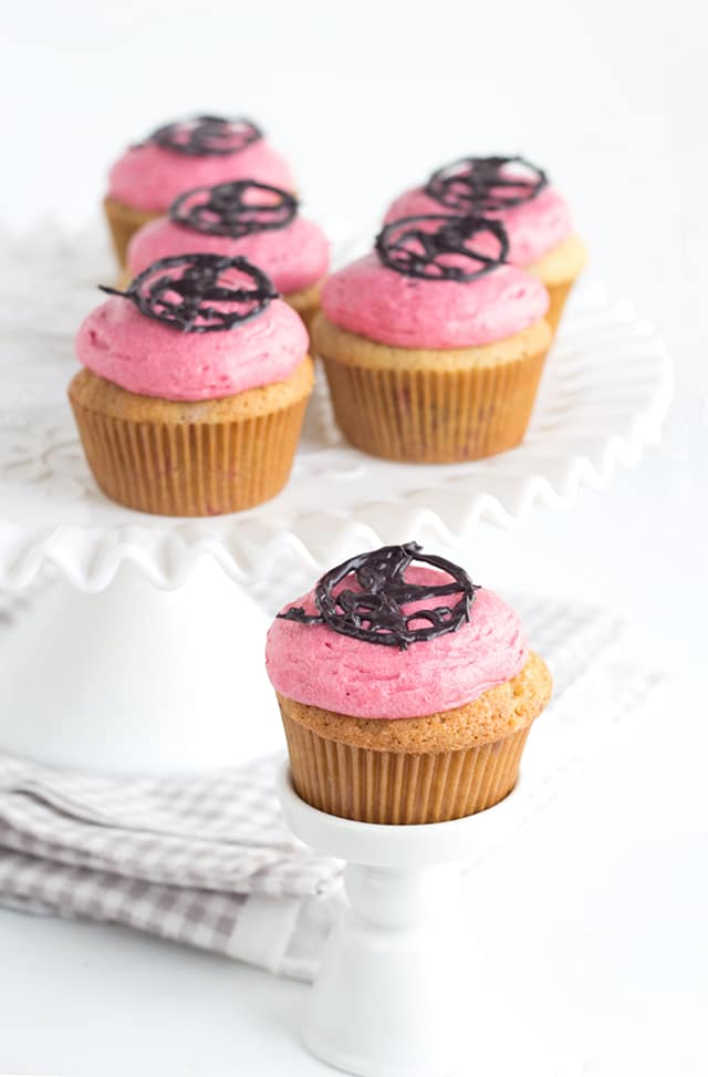 """Nightlock"" Berry Cupcakes with Berry Frosting"