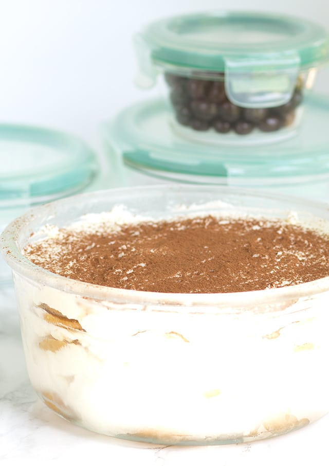 Frozen Oreo Tiramisu - boozy and amazing frozen treat perfect for the summer!