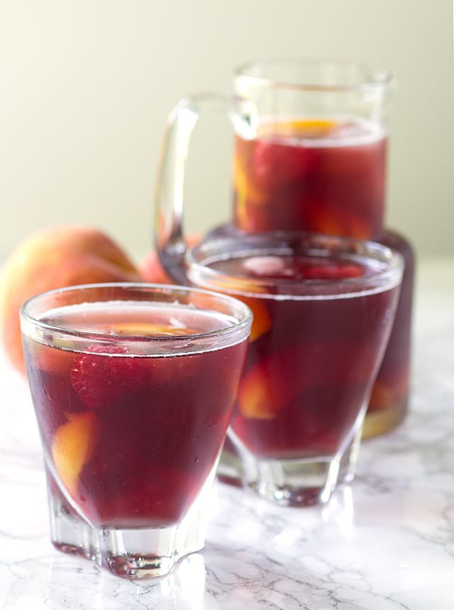 Peach Raspberry Iced Tea - easy, refreshing iced tea with the perfect peach and raspberry flavor combination.