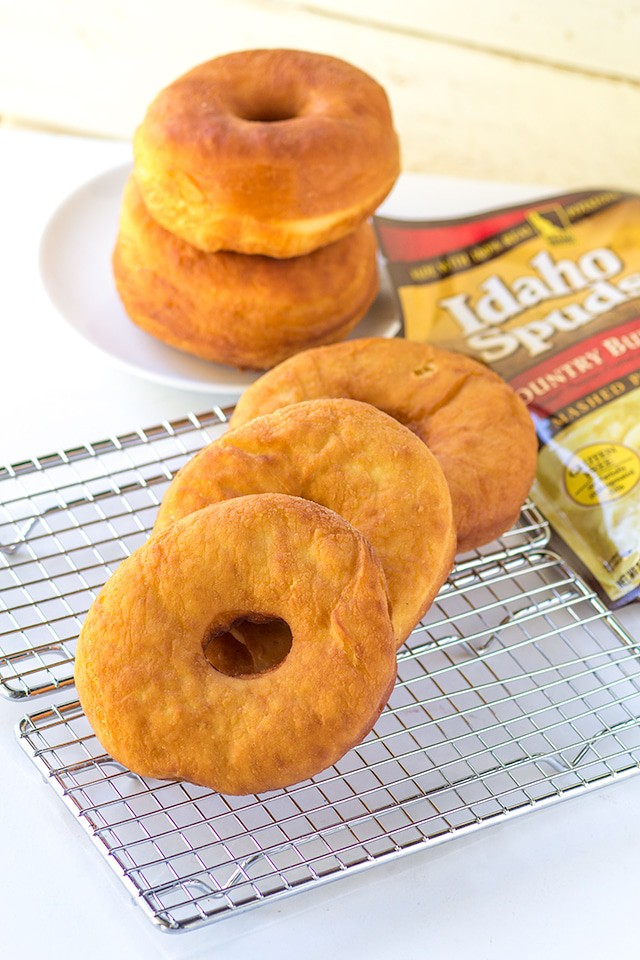 Potato Donuts - amazing tasting deep fried donuts using mashed potatoes!
