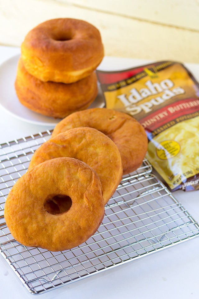 Potato Donuts - amazing tasting deep fried donuts using mashed potatoes!