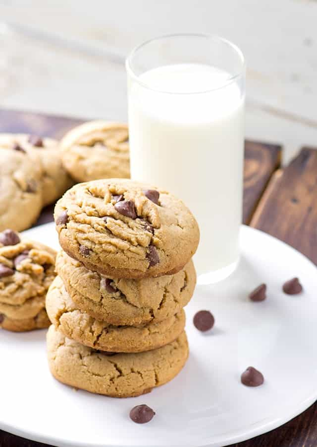 Peanut Butter Chocolate Chip Cookies Cookie Dough And Oven Mitt